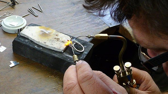 jewellery watch repairs